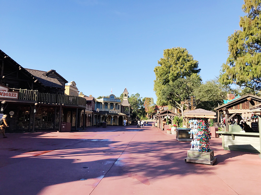 Rope Drop Frontierland