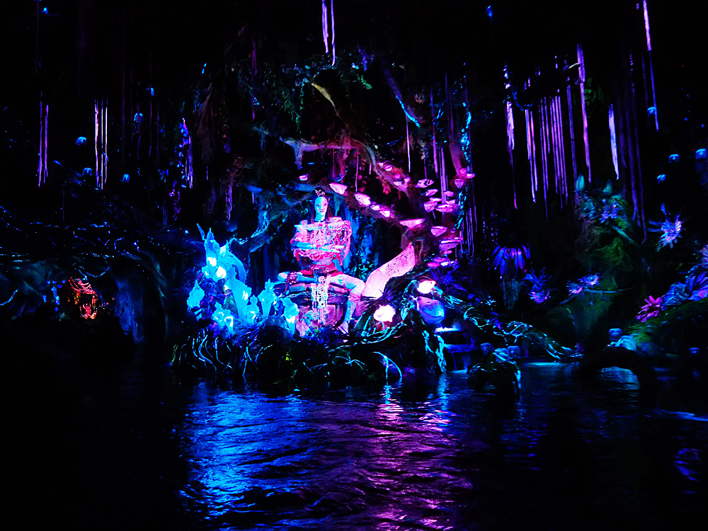 Disney Na'vi River Journey