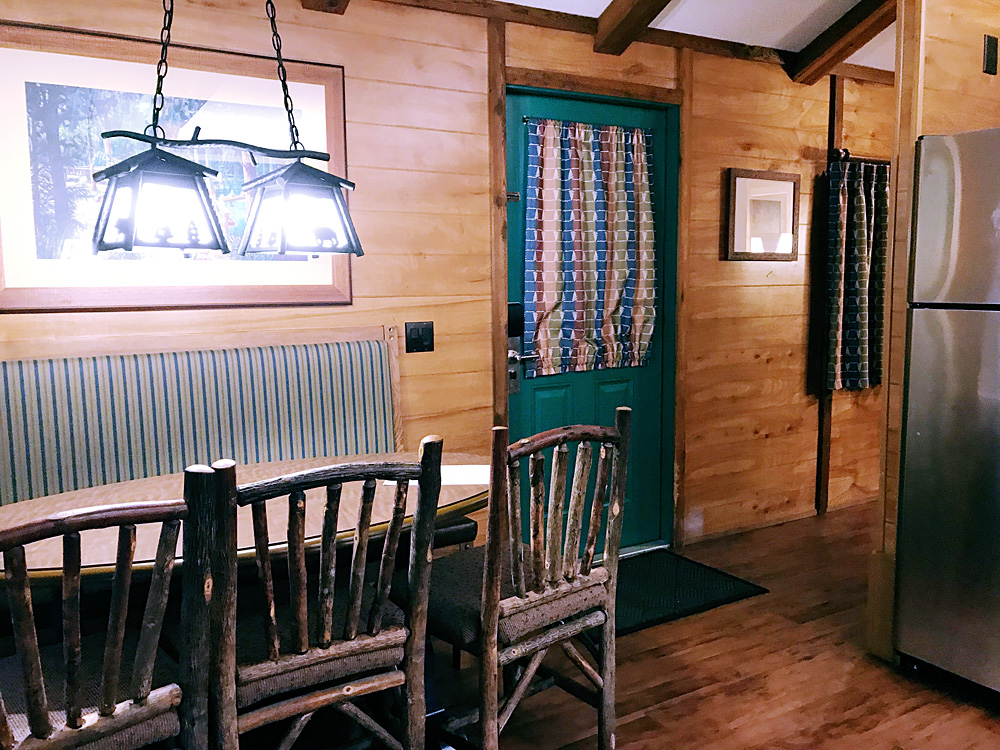 Fort Wilderness cabin dining room
