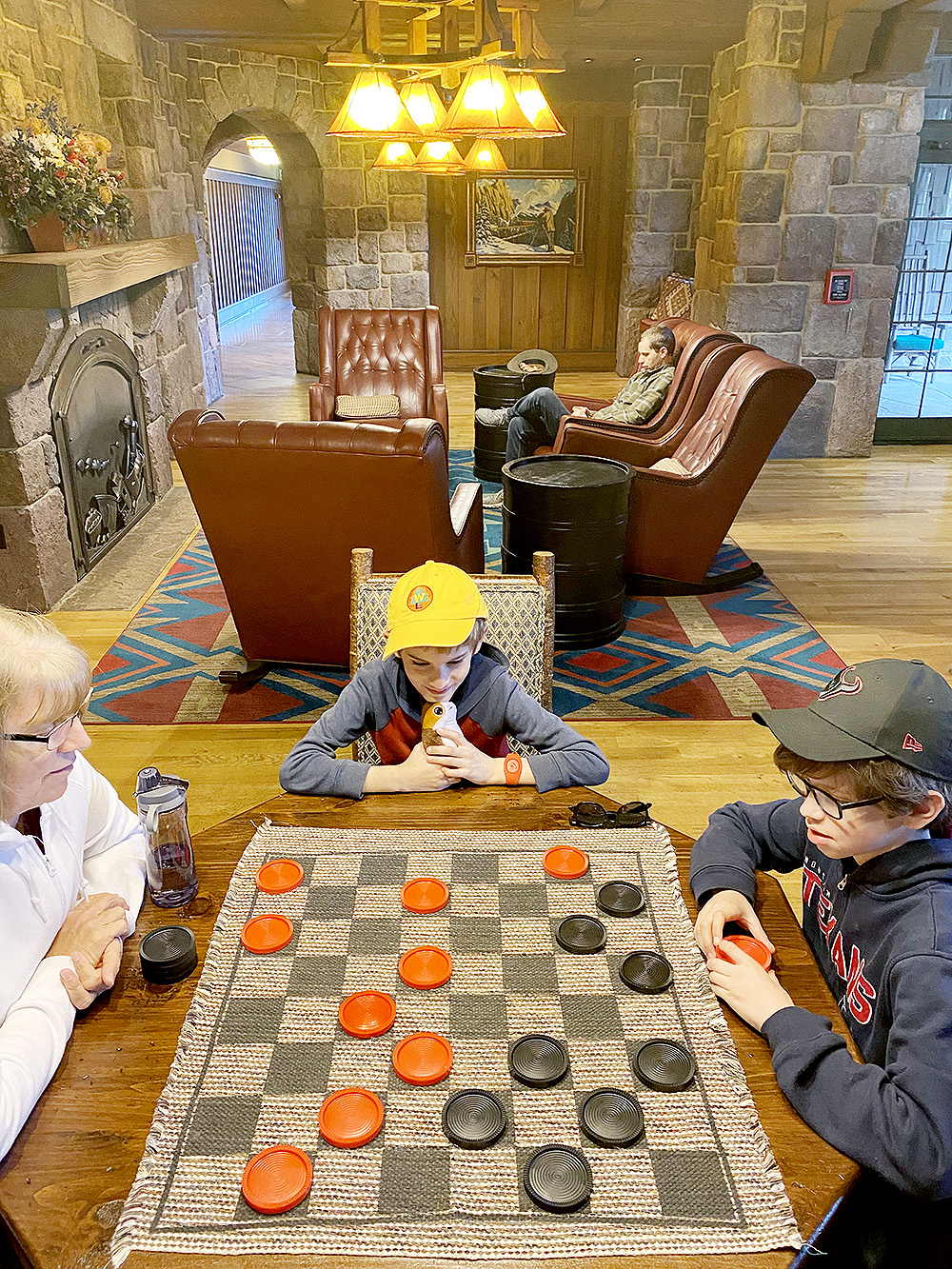 games in the Wilderness Lodge Carolwood Pacific Room