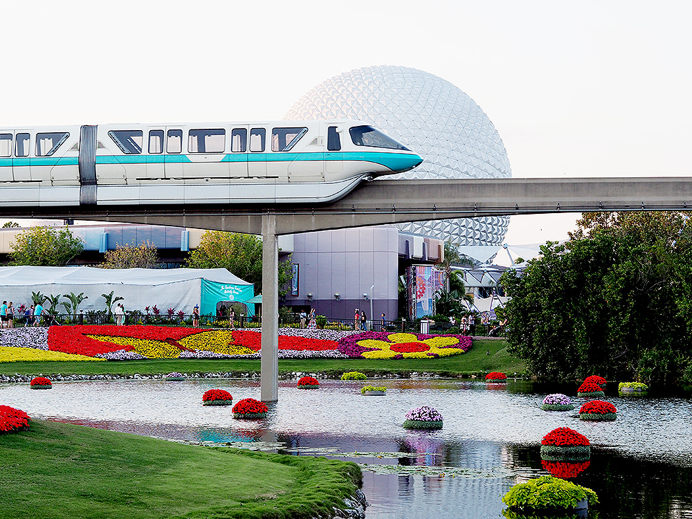 Disney World Monorail tips and guide